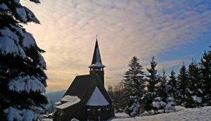 Karácsonyváró túra, esemény a Mátrafüred oldalán.